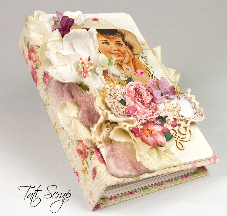 Tati,Mini Album, Scrapberry´s, Photo 1