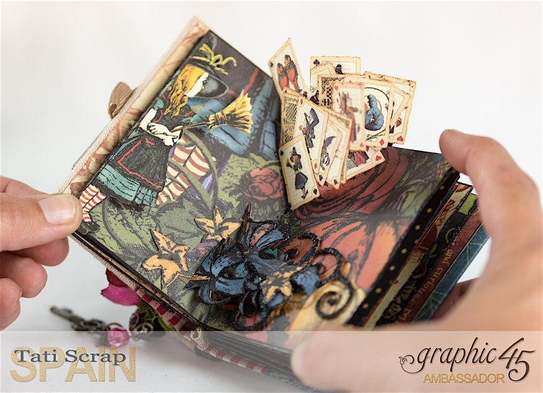 Tati, Hallowe'en in Wonderland - Deluxe Collector's Edition, Pop-Up Book, Product by Graphic 45, Photo 15