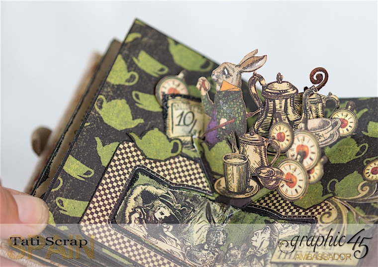 Tati, Hallowe'en in Wonderland - Deluxe Collector's Edition, Pop-Up Book, Product by Graphic 45, Photo 27